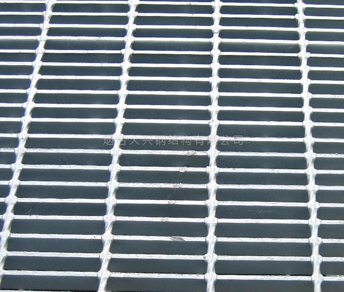 烟台压焊钢格板的表面需